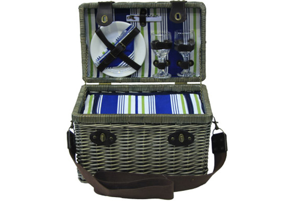 2 PERSON PICNIC BASKET